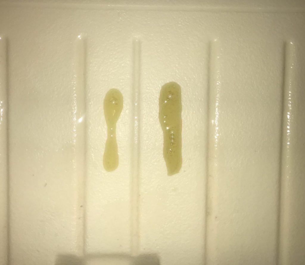 黒いAGICAと黄色いAGICA